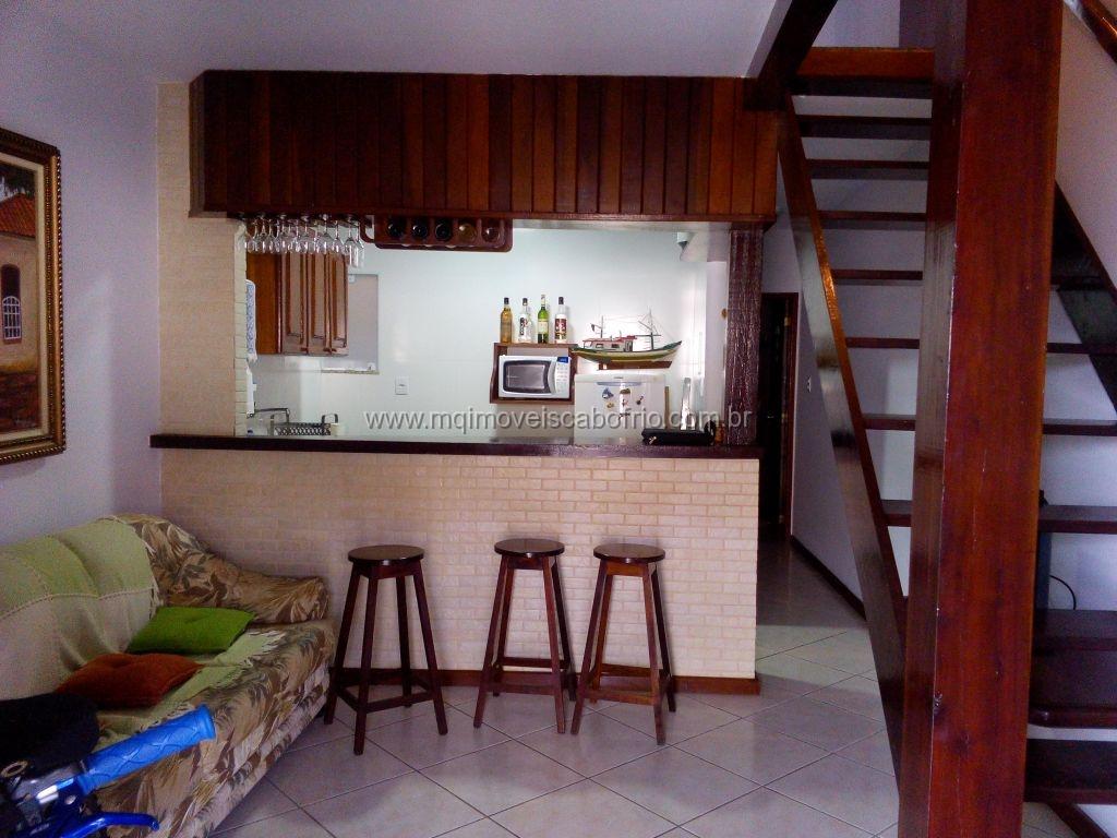 Linda Casa em condomínio reformada – Praia do Peró
