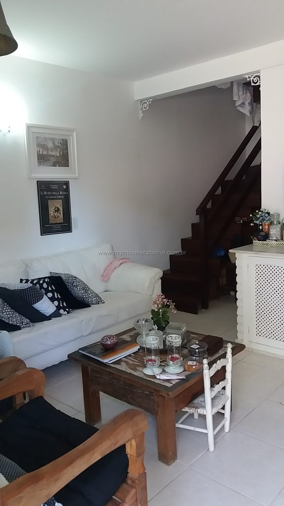 Cod: V171 – Casa em condomínio – Excelente localização