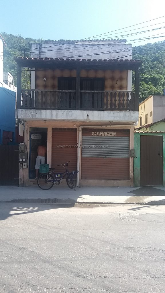 Cod: V229 – Casa c/ loja em Ponto Comercial