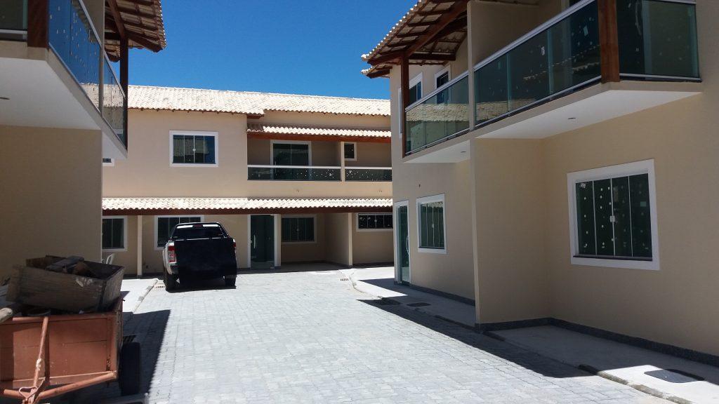 Cod:V307 – Ótima casa em condomínio c/ 2 suites