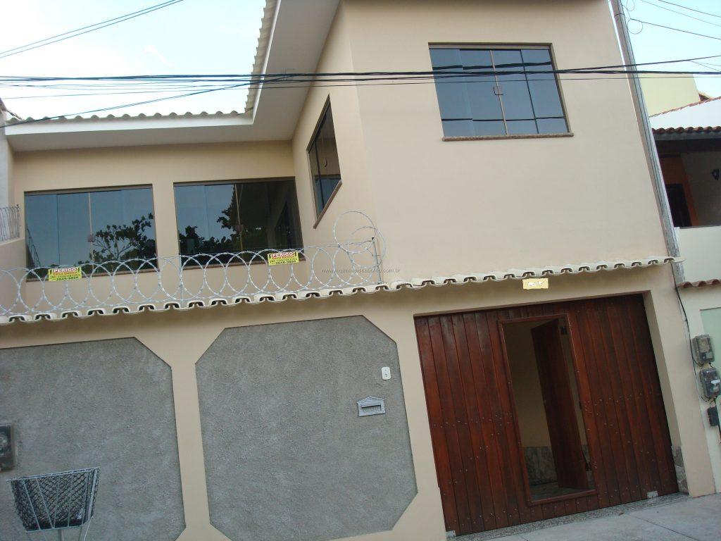 Cod:V321 – Ótima casa independente c/ 3 quartos – Palmeiras