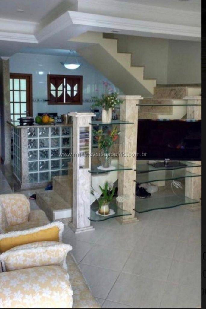 Cod:V346 – Casa triplex c/ 3 quartos em condomínio fechado