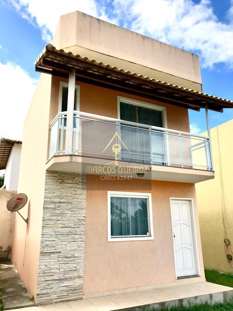 Cod:V386- Excelente casa duplex em condomínio no Bairro Vila do Peró