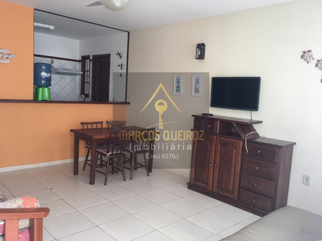 Cod: F78 Casa linear  em condomínio com 02 suítes e quintal – Auguel fixo