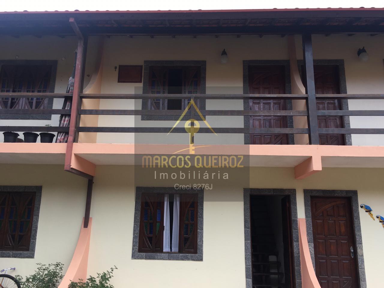 Cod: V480 Casa em condominio com 02 suítes no bairro Peró