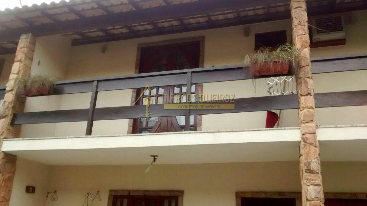 Cod: V494 Casa em condomínio no bairro Palmeiras
