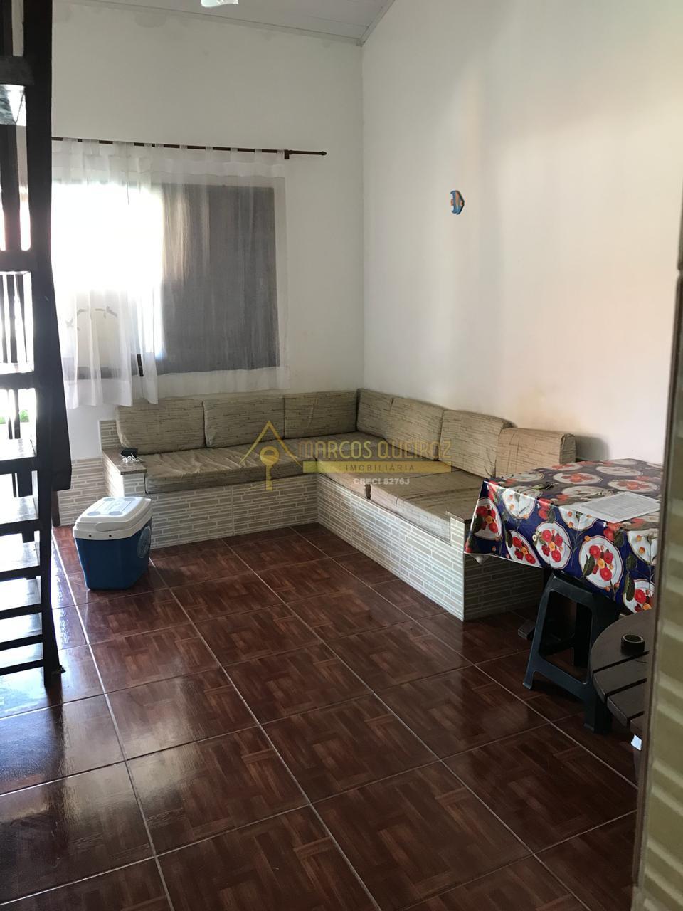 Cod: V516 Ótima casa em condomínio no bairro Peró