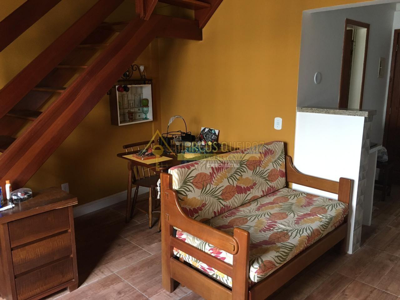 Cod: V520 Oportunidade apartamento reformado em frente a Praia do Peró
