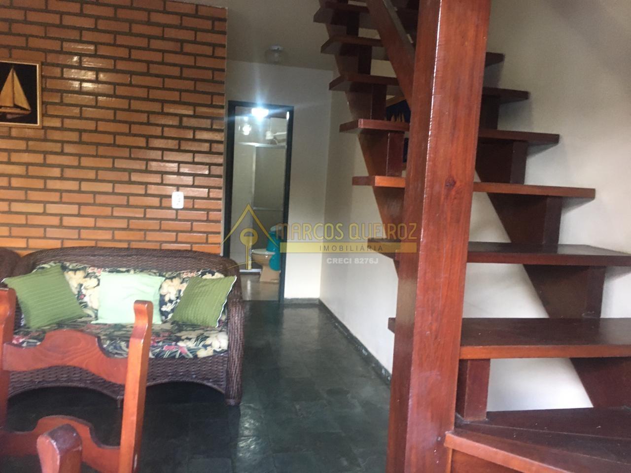 Cod: V526 Bela casa em condomínio em rua arborizada