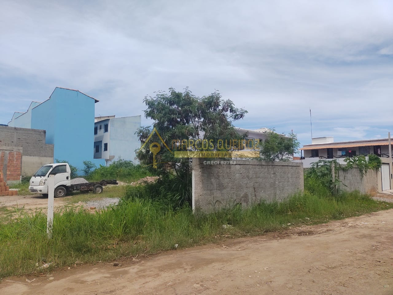 Cod: V531 Oportunidade: lote no bairro Cajueiro / Peró