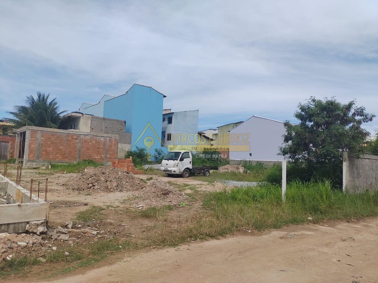 Cod: V530 Terreno no bairro Cajueiro/Peró