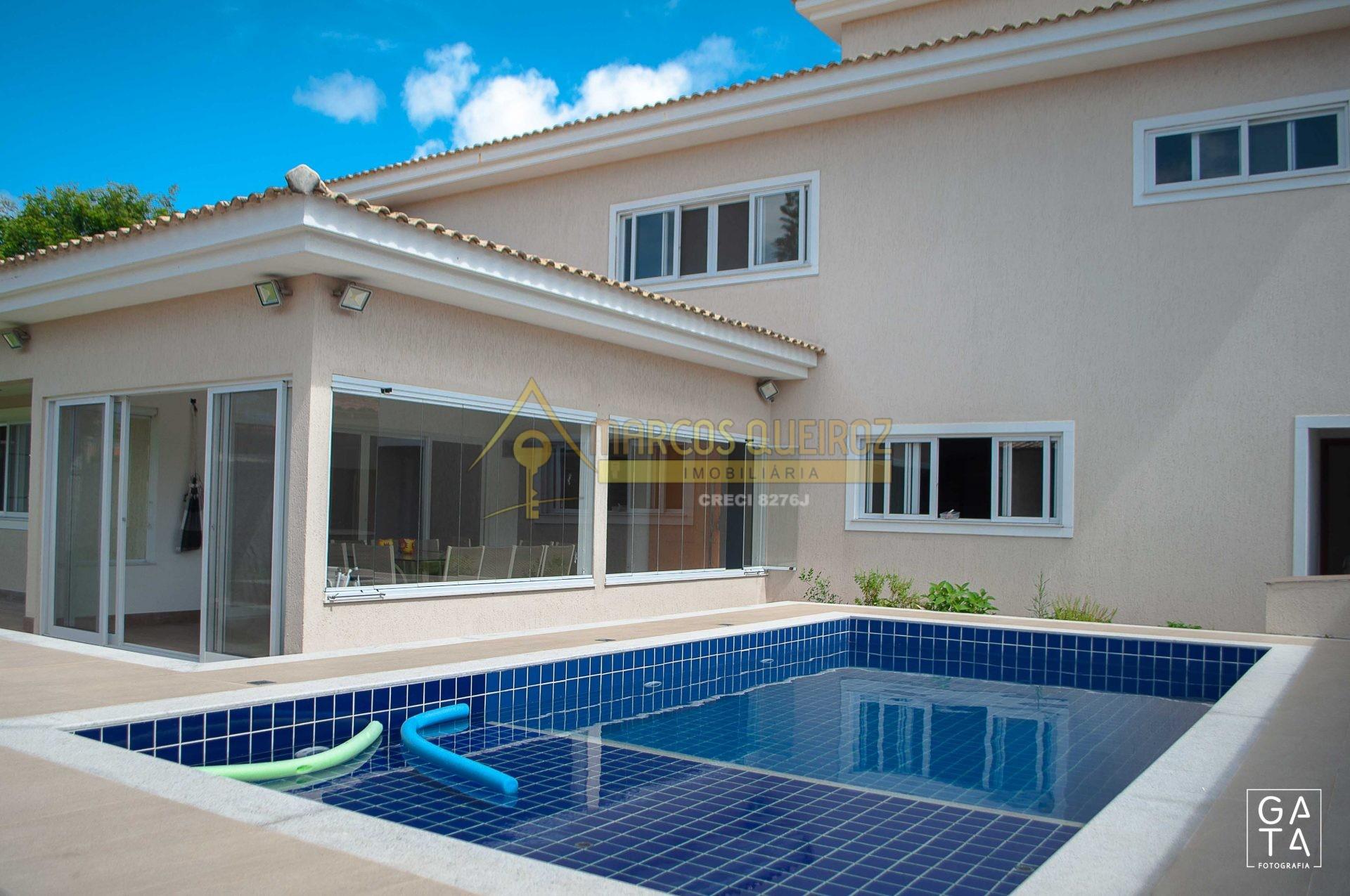 Cod: V539 Excelente casa em condomínio no bairro Praia do Siqueira