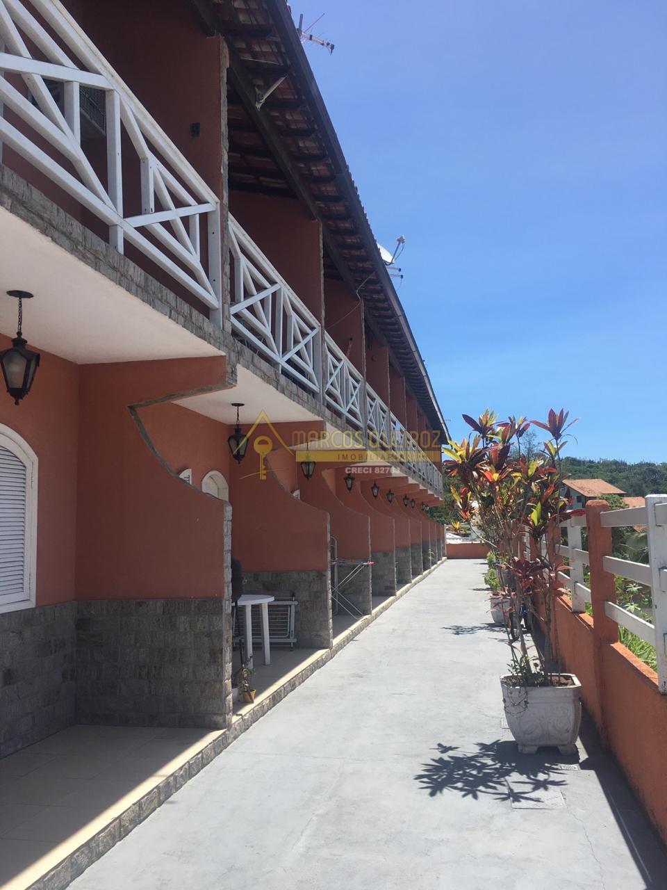 Cod: V543 Bela casa em condomínio no bairro Peró