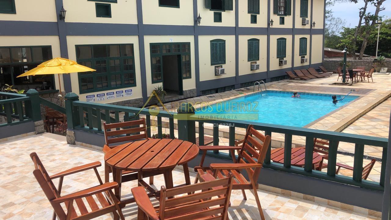 Cod: F120 Excelente flat com 02 andares a 20 metros da Praia do Peró – aluguel fixo