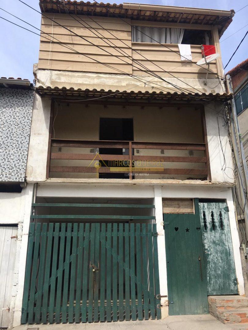 Cod: V590 Casa independente com 03 aptos