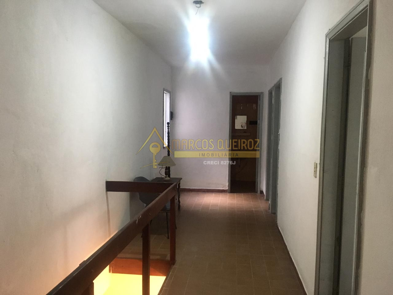 Cod: V593 Casa independente com 05 quartos a 400 metros da Praia do Forte