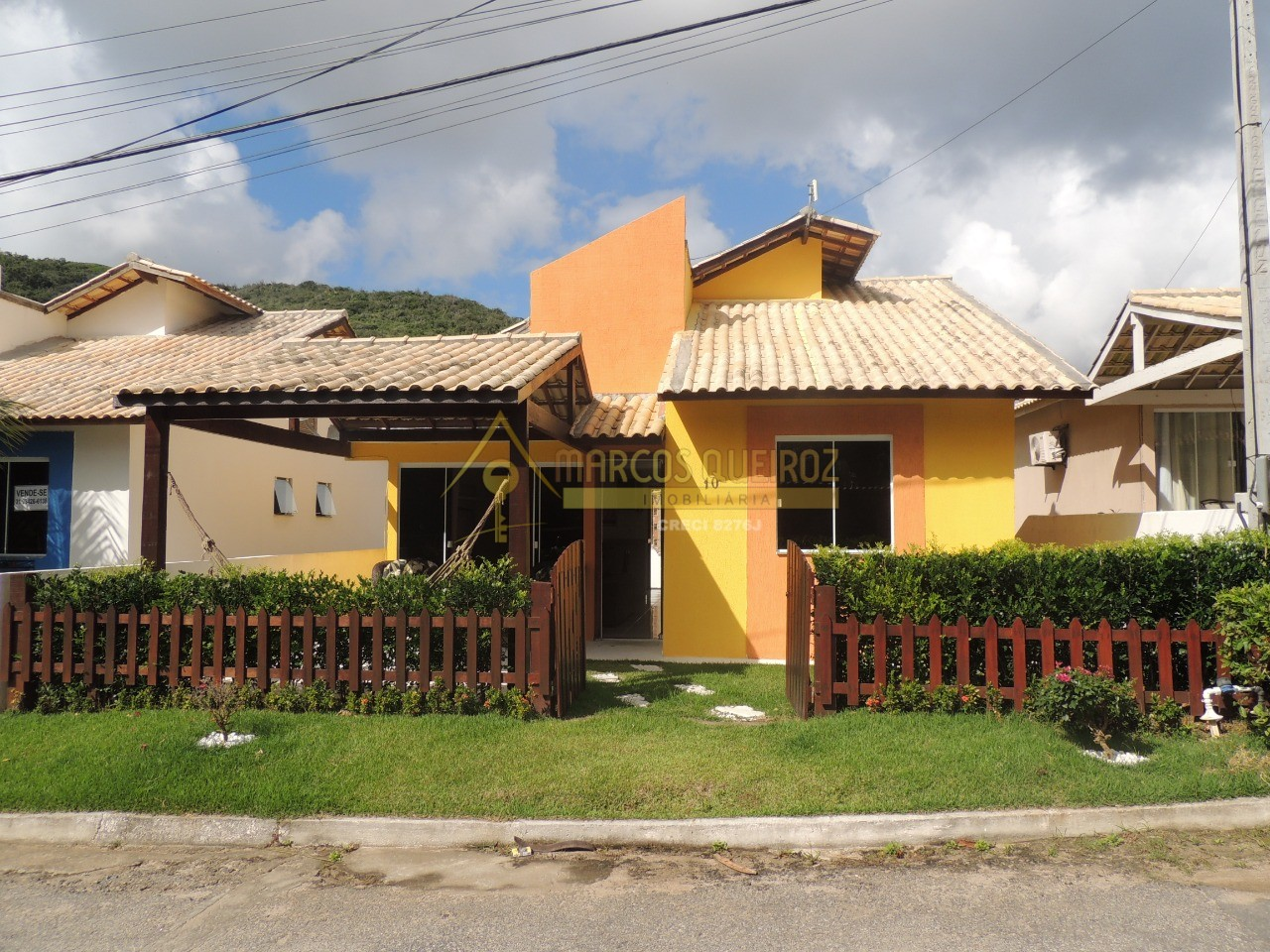 Cod: V595 Casa independente com 02 quartos – Condomínio Bosque do Peró