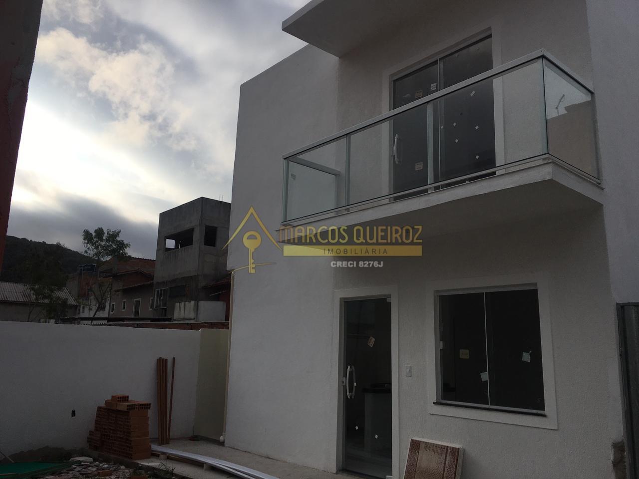 Cod: V616 Casa de vila com 01 vaga de garagem – Cajueiro