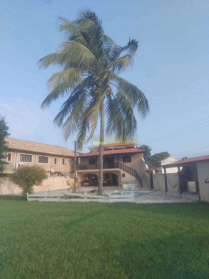Cod: V642 Excelente oportunidade casa independente com piscina